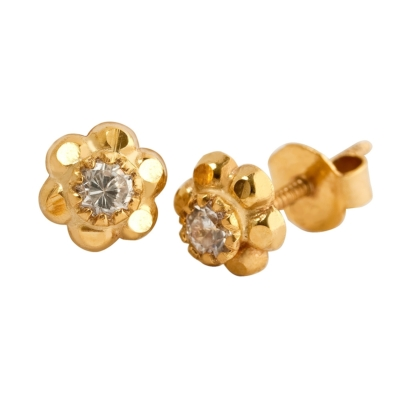 9ct Stud Flower With Green Cubic Zirconia