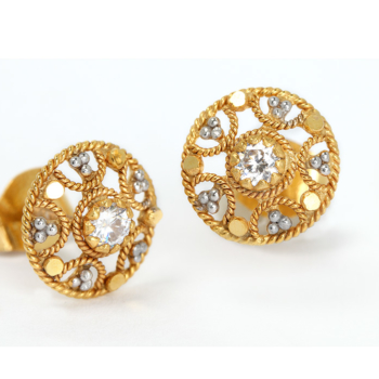 9ct Flower Stud