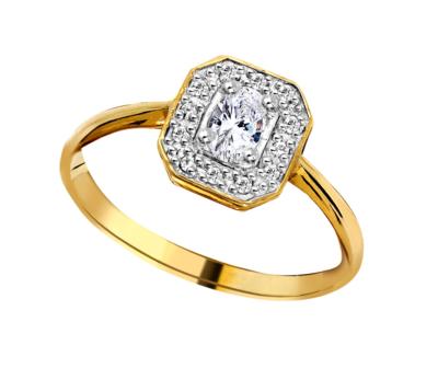 9ct Ladies Ring Rectangular Microset