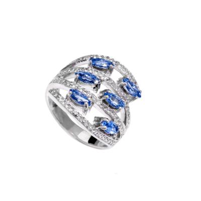 9ct White Gold Ladies Ring